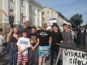 Udział wychowanków Młodzieżowego Ośrodka Socjoterapii w Radomiu  w Festiwalu Artystów Ulicznych i Precyzji